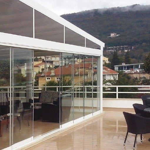 Coulissant Panoramique sur Terrasse de Restaurant