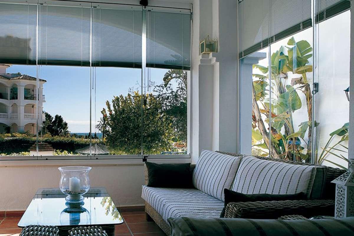 store habitat sun 2 glass systems auxfenetresdazur rideau de verre. Black Bedroom Furniture Sets. Home Design Ideas
