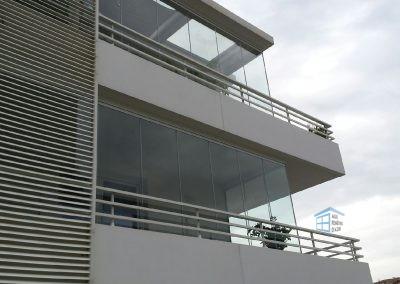 Rideaux de verre appartement dans le sud