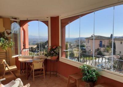 Balcon fermé avec un Rideau de Verre à Roquebrune