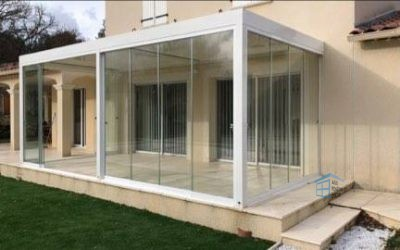 La terrasse fermée : profitez des paysages du Var