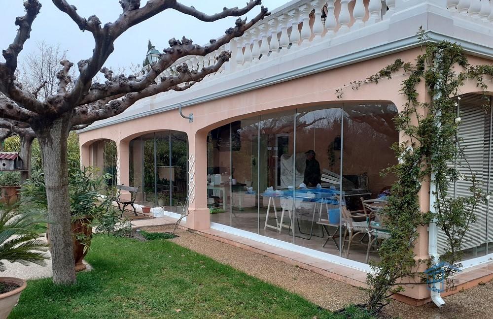 Cloison vitrée coulissante à La Roquebrussanne - Photo 3