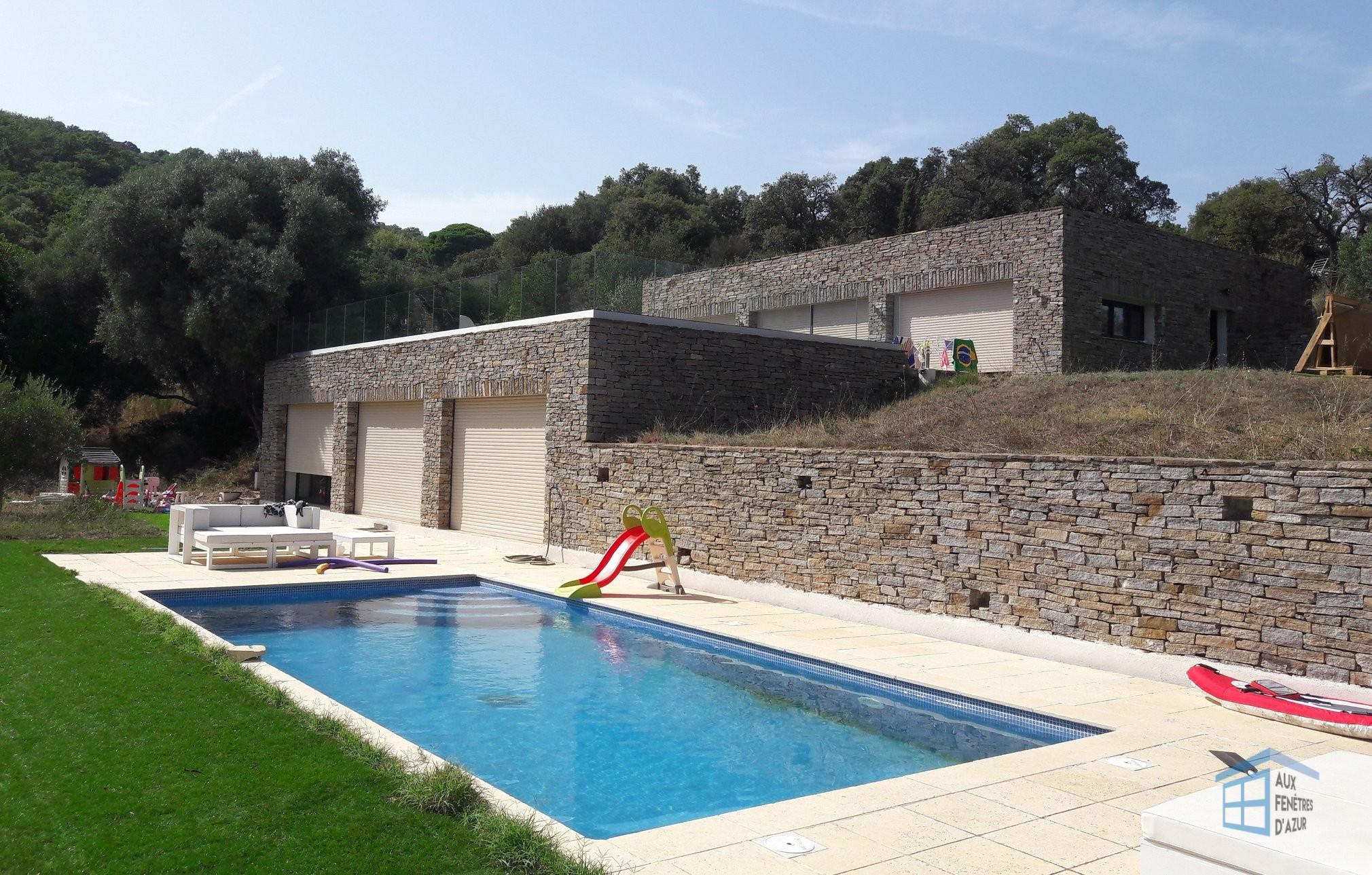 Garde Corps pour terrasse - Vue sur piscine